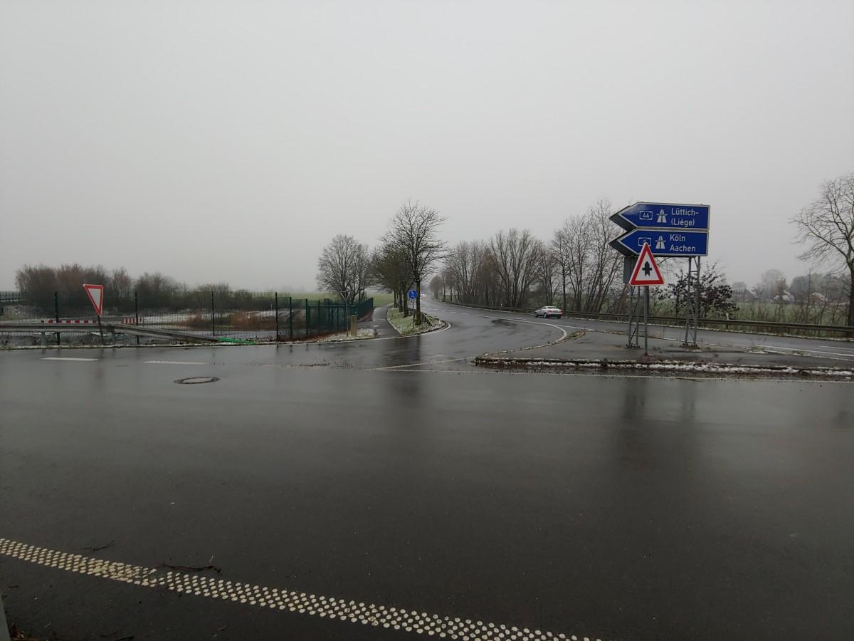 Bild: Radweg zwischen Alsdorf-Mariadorf und Würselen