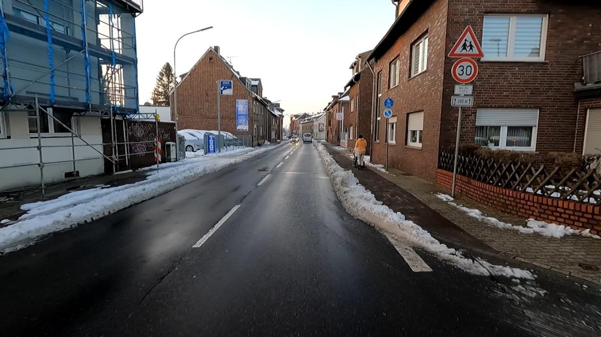 Bild: Geräumter Radweg in Alsdorf
