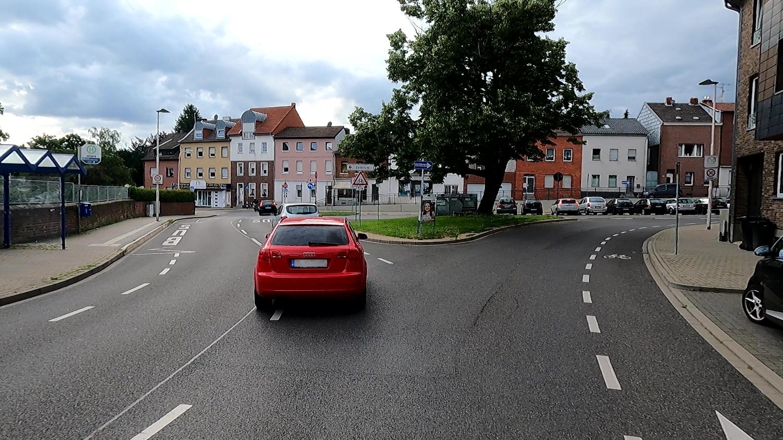 Bild: Gefährliche Kreuzung für den Radverkehr in der Wilhelmstraße in Würselen